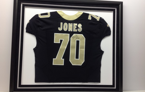 Framed Jersey with White Cut Out in Mat
